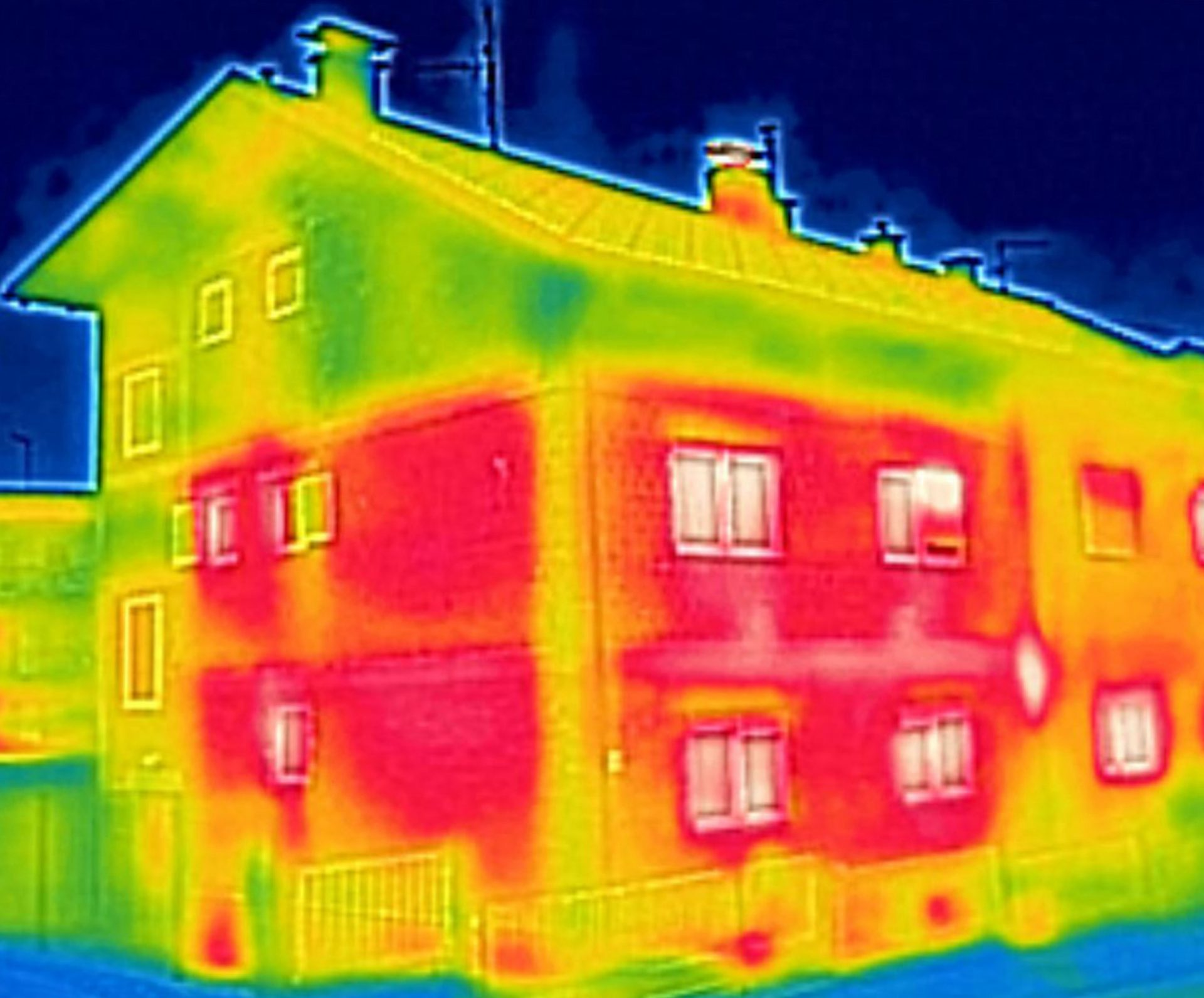 Thermal Photograph of home depicting heat loss